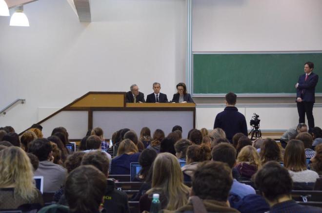 Tribunal 02